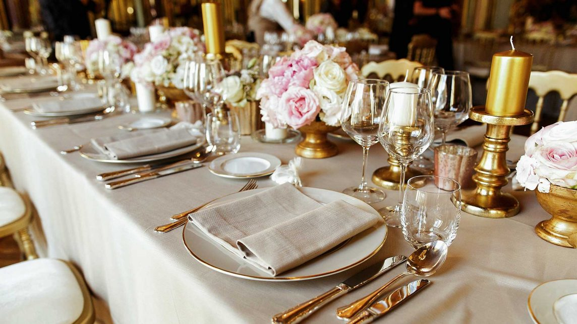 Choose the right table for your banquet according to the style of your wedding